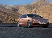 bentley-flying-spur-v8-uae-15