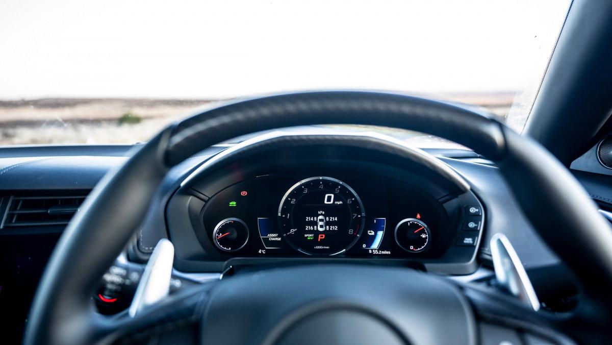 Best-hybrid-cars-2021-32