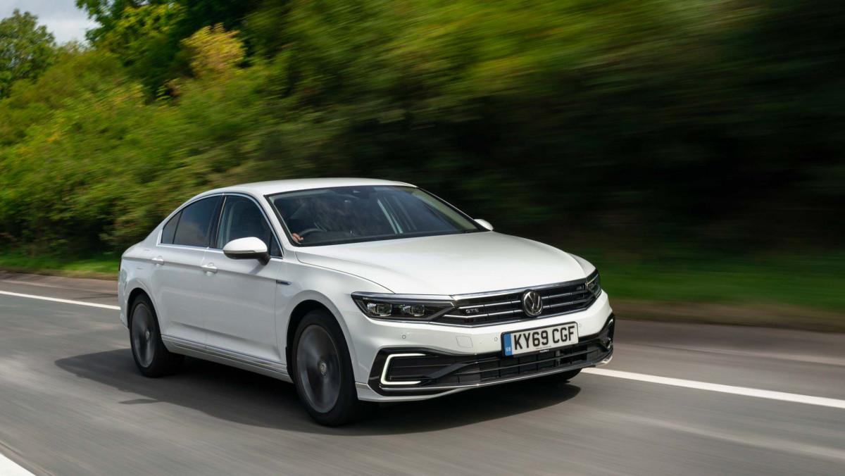 Best-hybrid-cars-2021-38