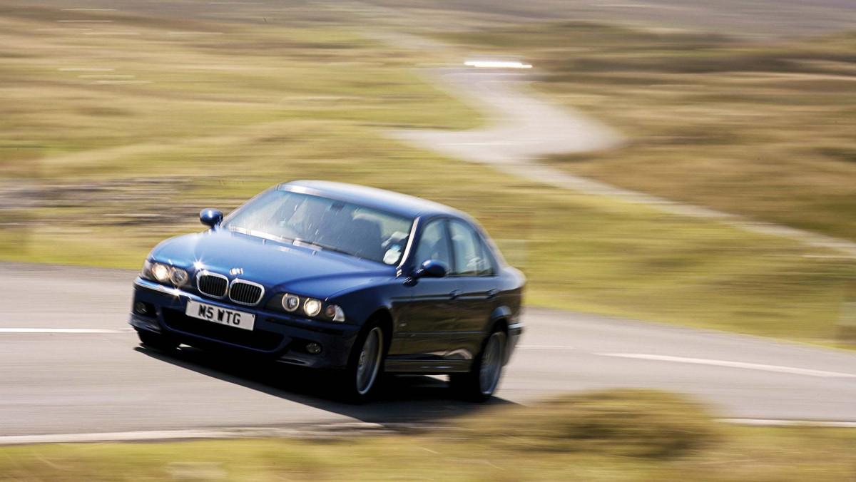 Best-V8-cars-13