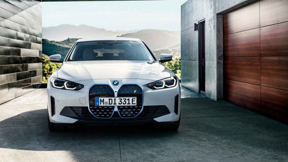 BMW-i4-M50-9