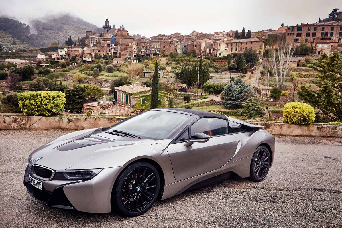 Bmw I8 Roadster Review New Open Top Hybrid Sports Car