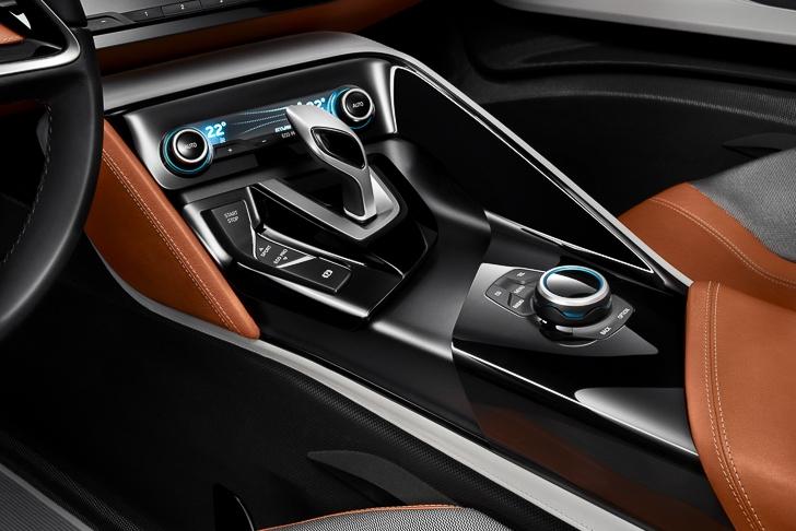 BMW i8 Spyder-17