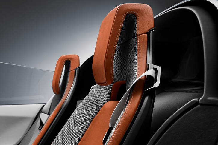BMW i8 Spyder-18