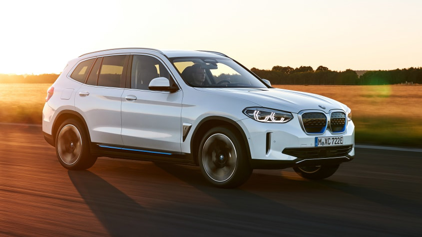 BMW-iX3-revealed-1