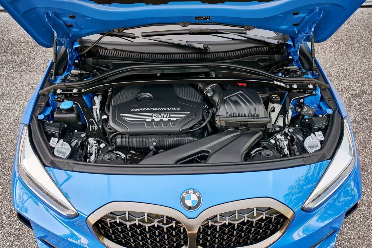 BMW-M135i-review-11