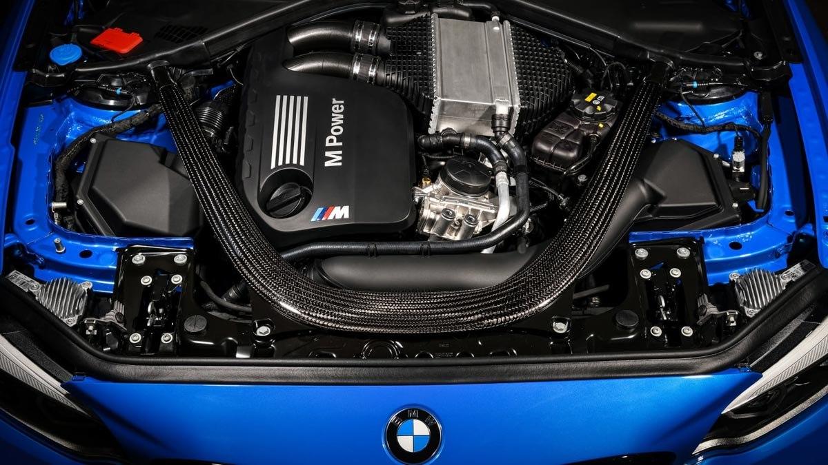 BMW-M2-CS-revealed-9