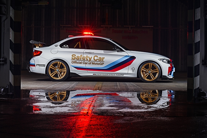 BMW M2 MotoGP Safety Car 05