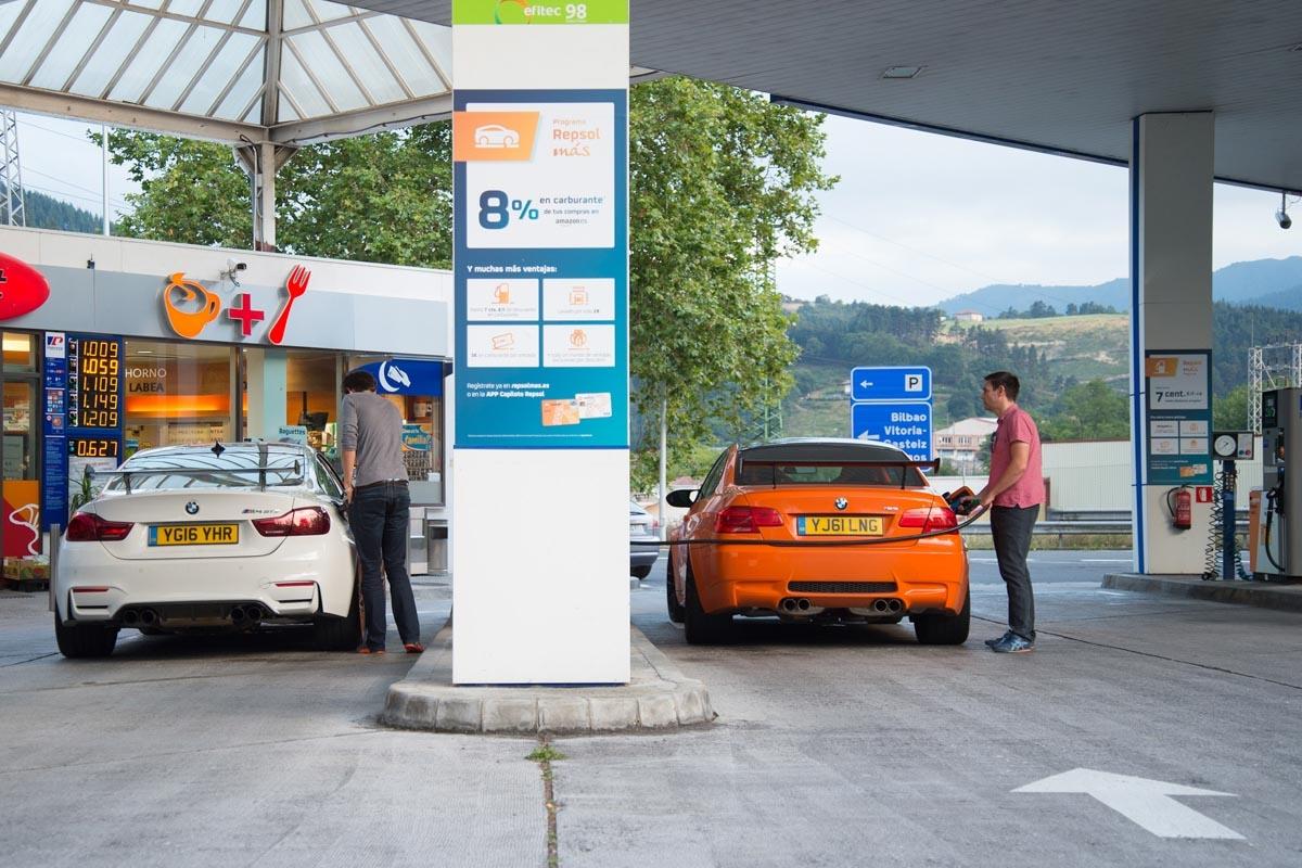 BMW M3 GTS vs M4 GTS-5