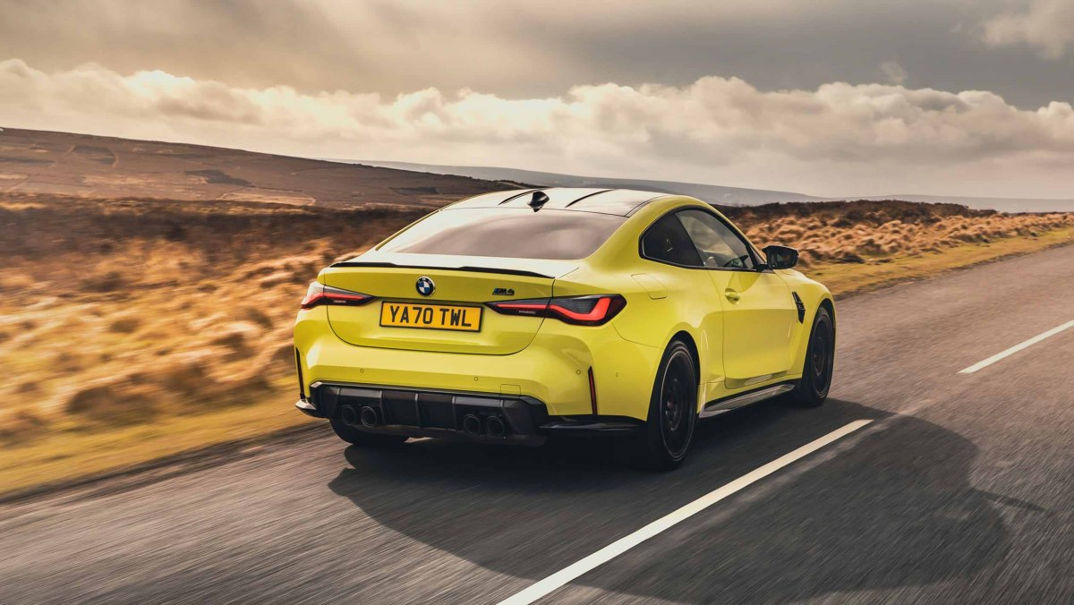BMW-M4-Competition-2021-17