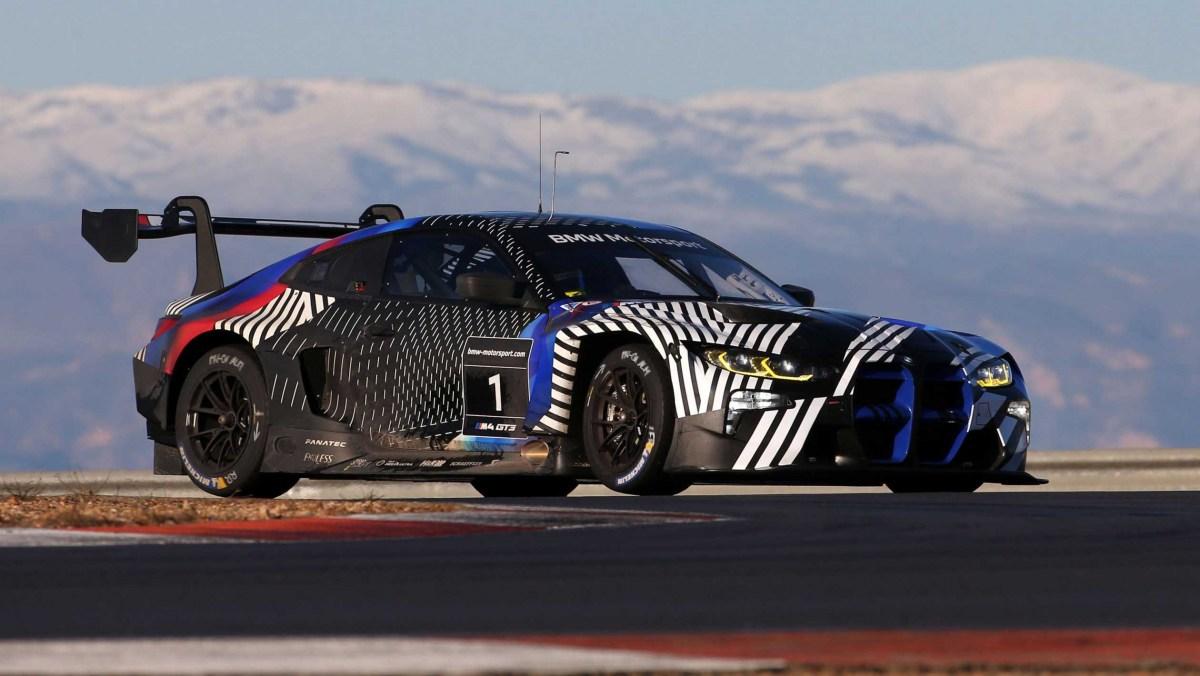 BMW-M4-GT3-11