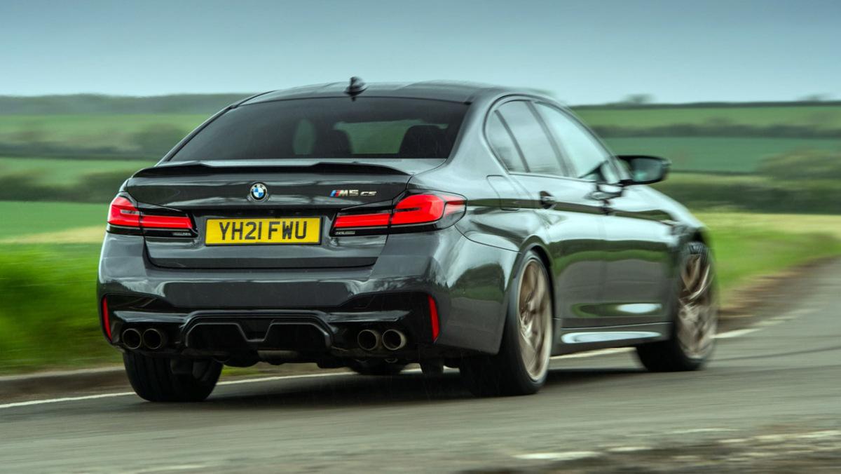 BMW-M5-CS-2021-2