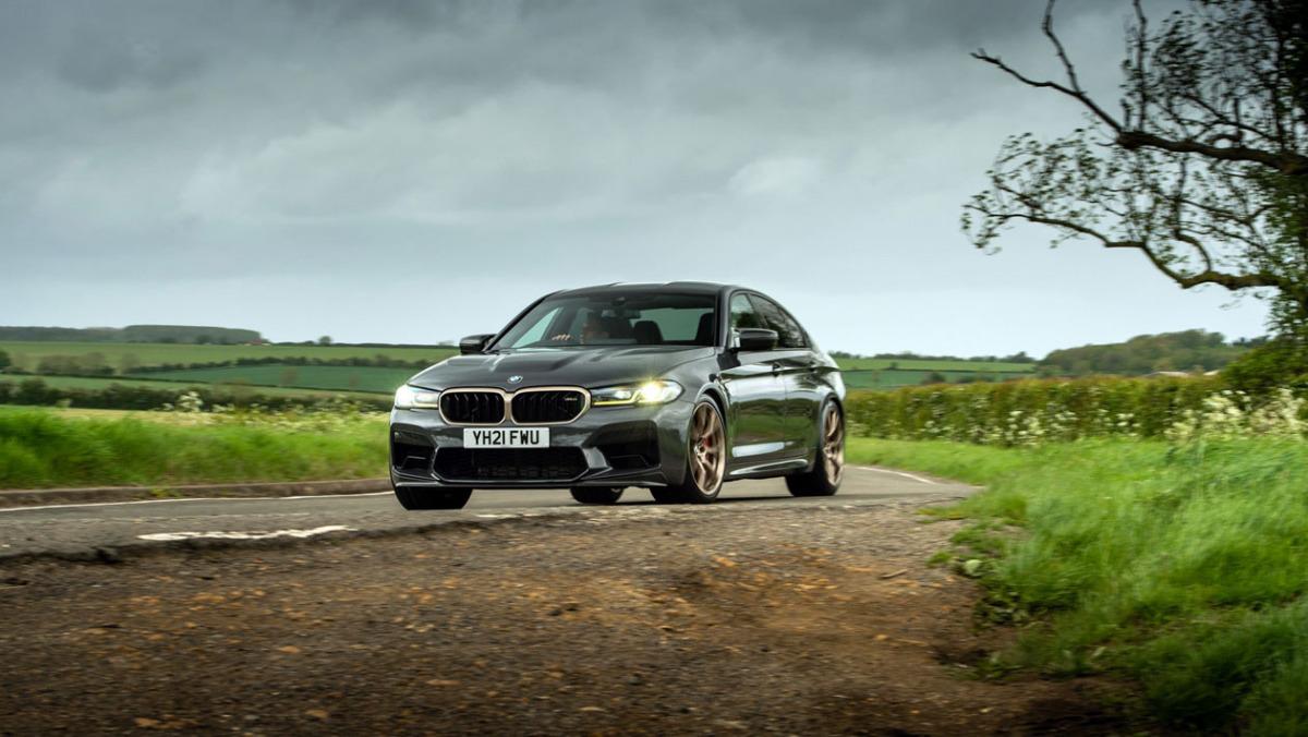 BMW-M5-CS-2021-9