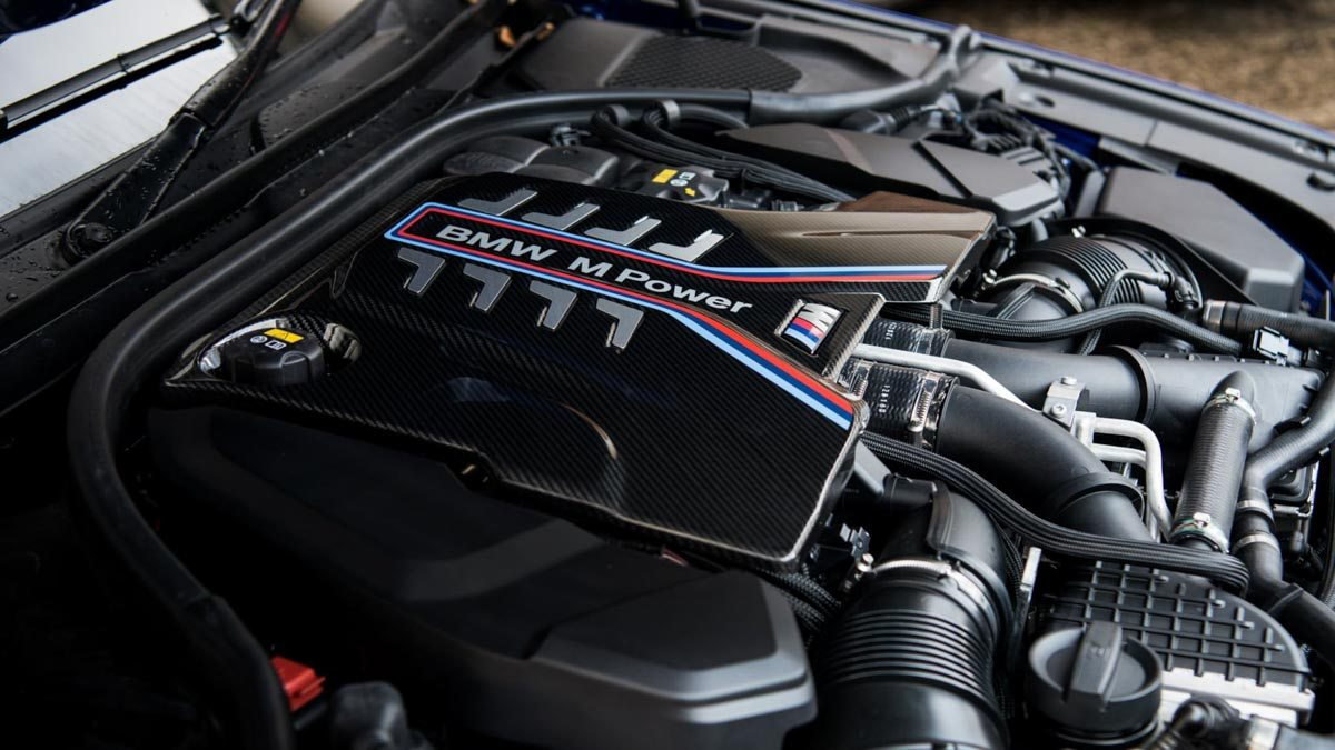 BMW-M5-v-Merc-E63-S-11