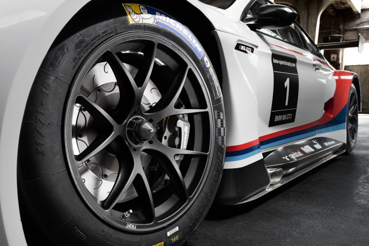 BMW M6 GT3-13