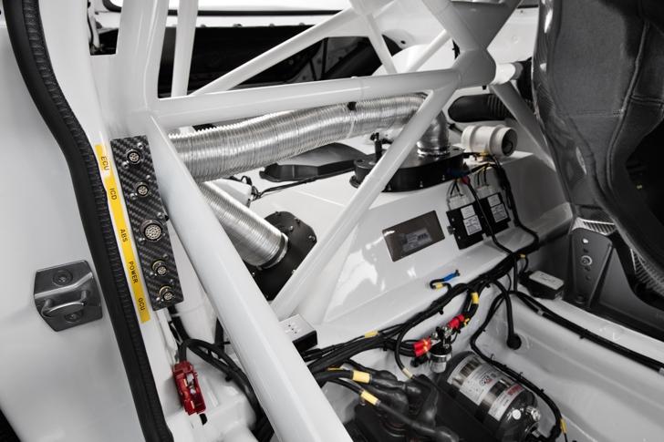 BMW M6 GT3-16