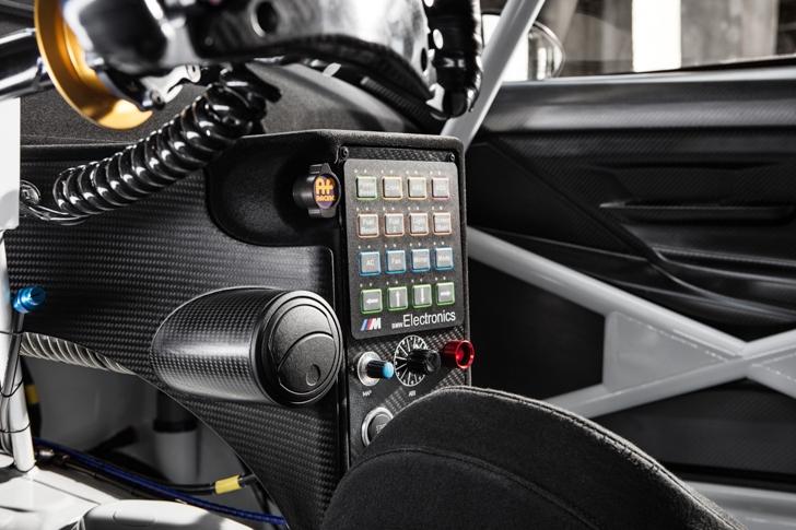 BMW M6 GT3-19
