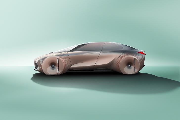 BMW Vision 100 concept 18