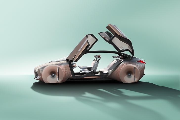 BMW Vision 100 concept 19