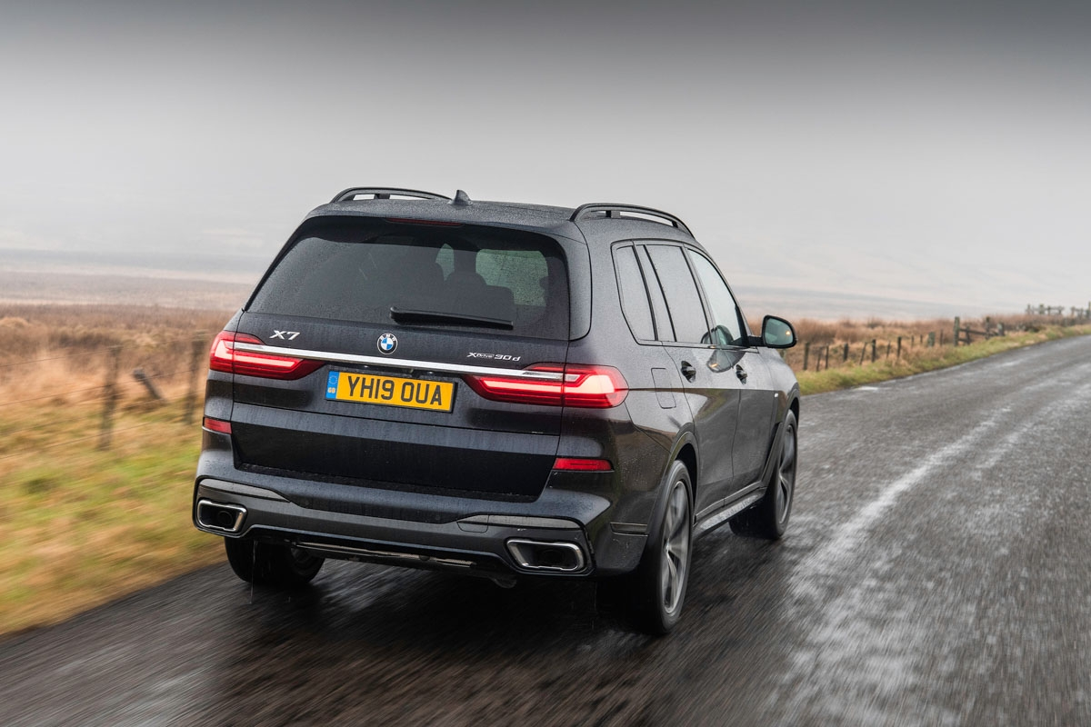 BMW-X7-review-2