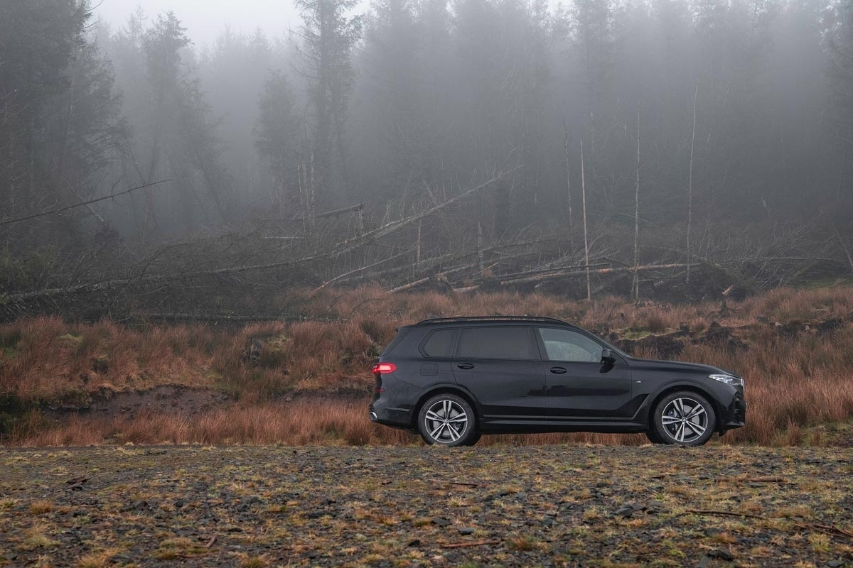 BMW-X7-review-10