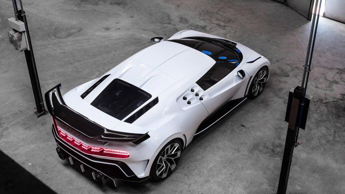 Bugatti-Centodieci-8