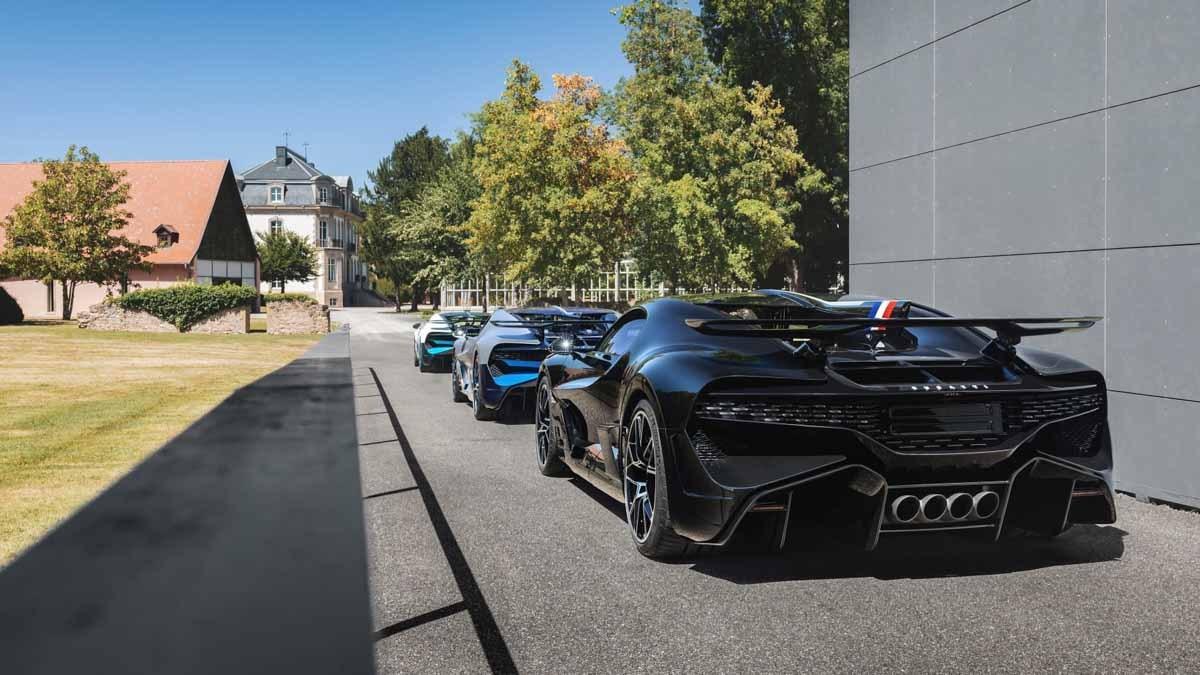 Bugatti-Divo-11