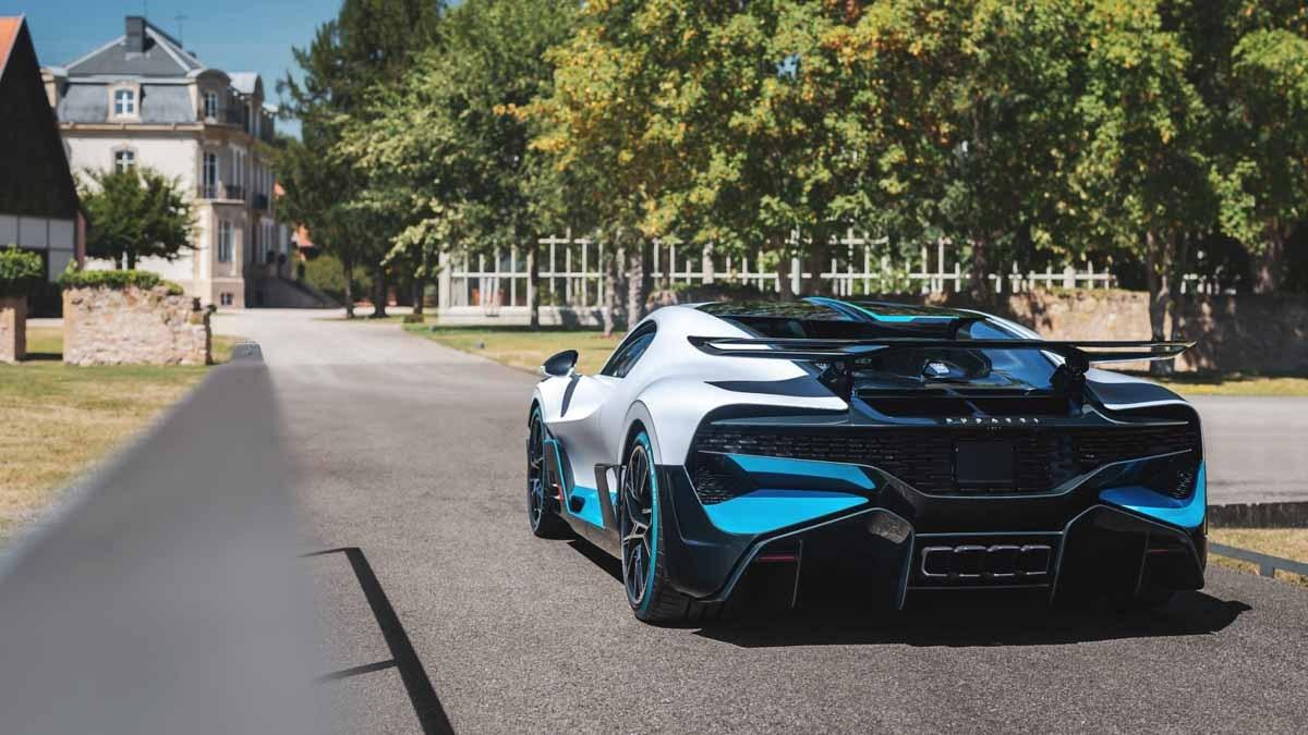 Bugatti-Divo-9