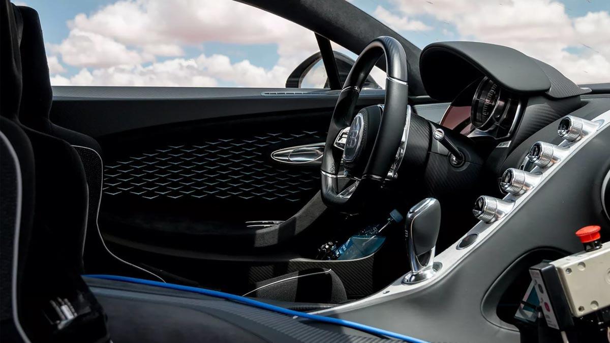 Bugatti-Divo-3