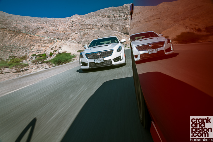 Cadillac CTS-V vs Dodge Charger SRT Hellcat crankandpiston-15