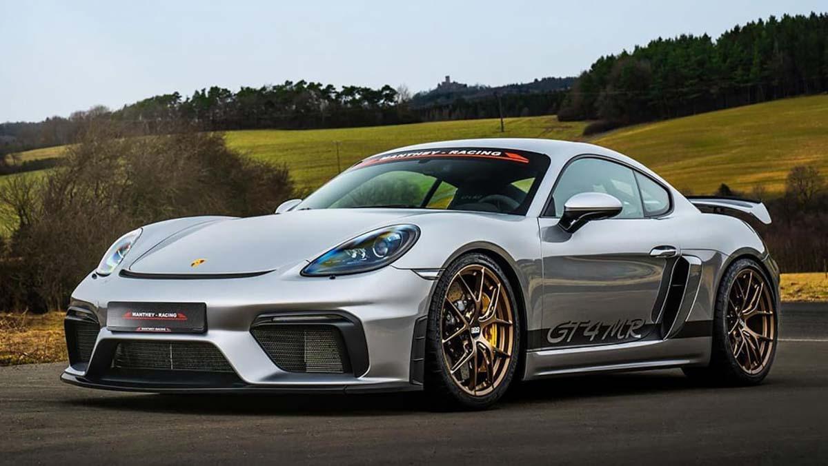 Porsche-718-Cayman-GT4-MR-1