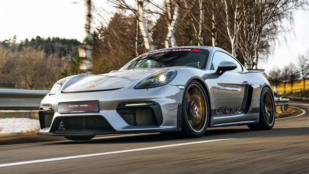 Porsche-718-Cayman-GT4-MR-3