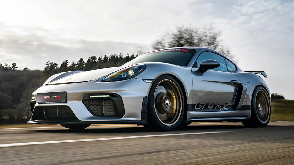 Porsche-718-Cayman-GT4-MR-6
