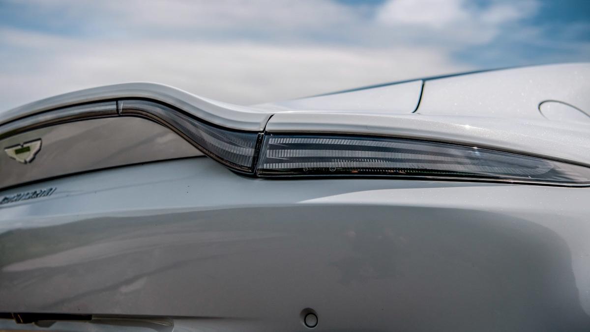 Continental-GT-v-Vantage-6