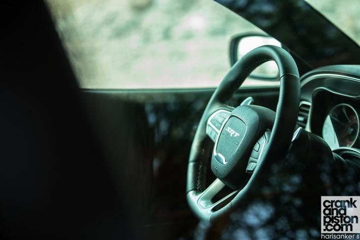Dodge Charger SRT Hellcat-19