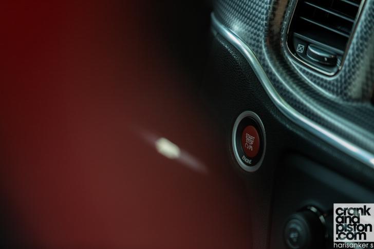 Dodge Charger SRT Hellcat-20