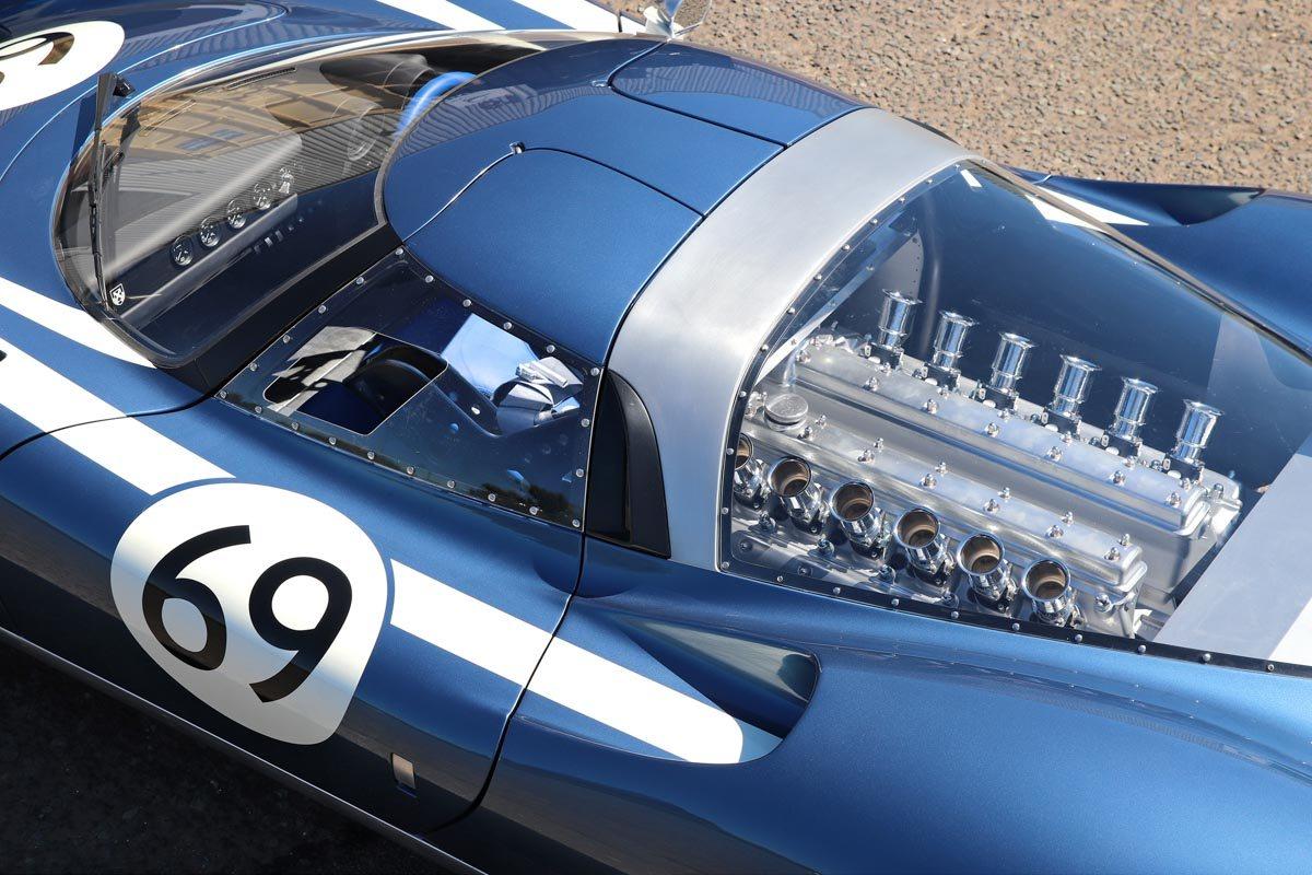 Ecurie-Ecosse-LM69-4