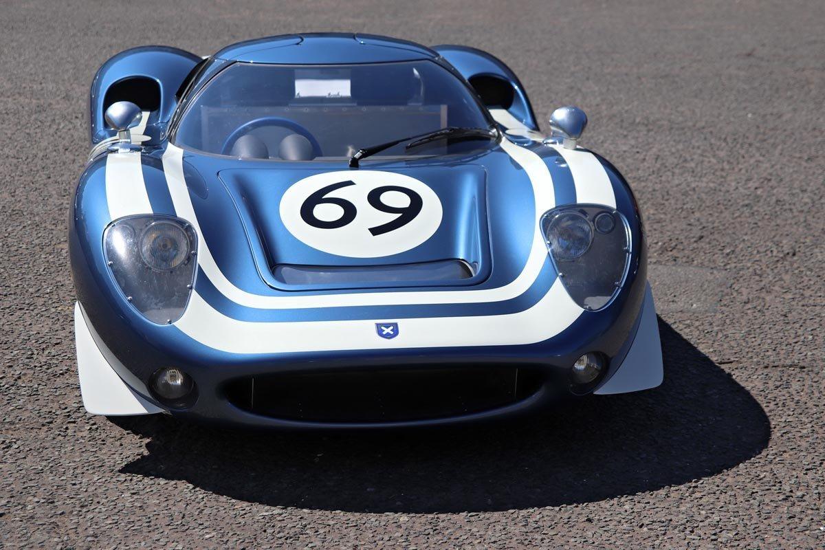Ecurie-Ecosse-LM69-5