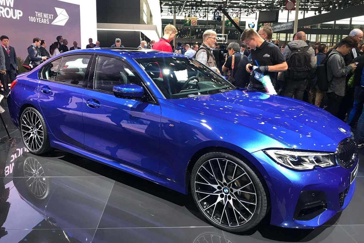 new 2019 bmw 3 series revealed lighter and more dynamic sports saloon. Black Bedroom Furniture Sets. Home Design Ideas