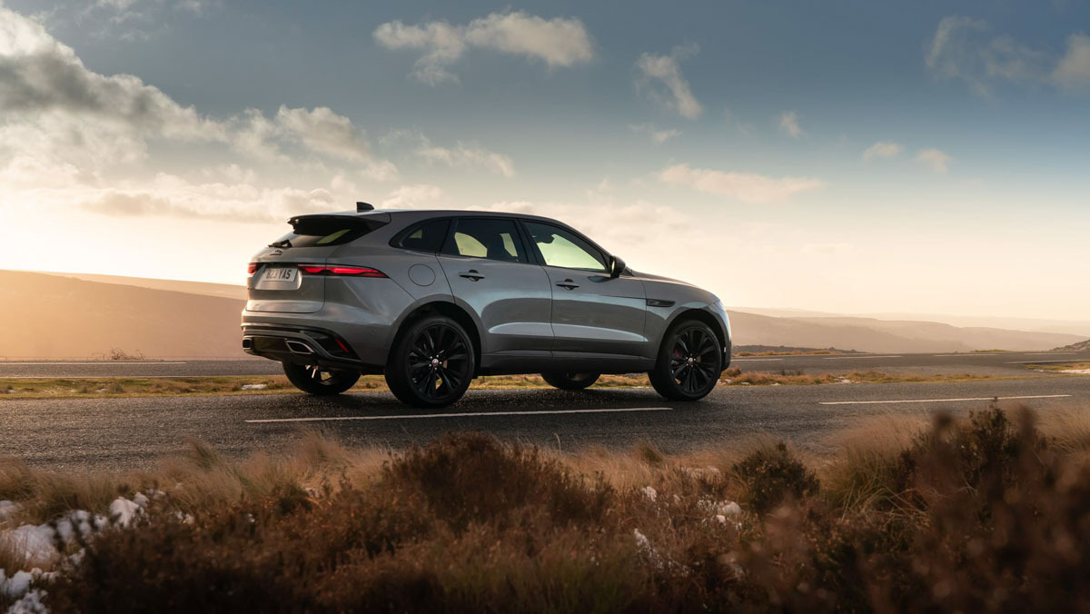 F-Pace-P400-HSE-2