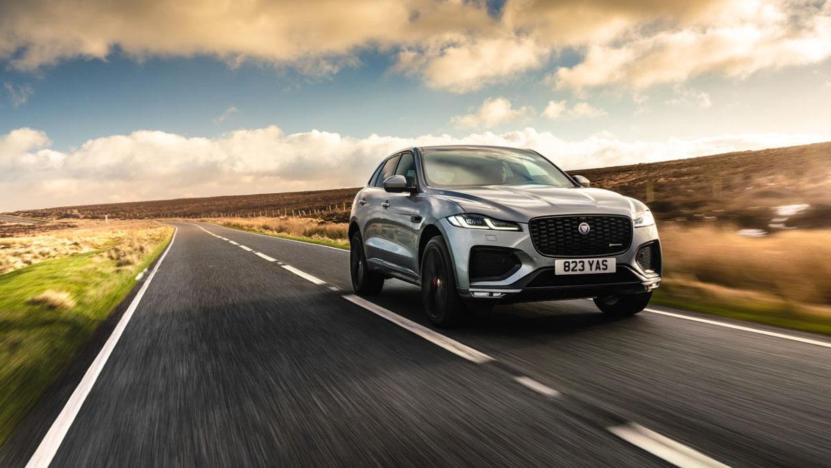 F-Pace-P400-HSE-1