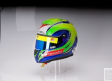 formula-one-helmet-design-002