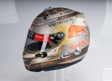 formula-one-helmet-design-016