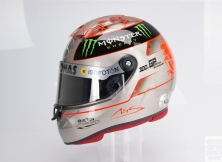 formula-one-helmet-design-020