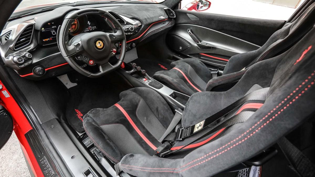 Ferrari-488-Pista-review-10