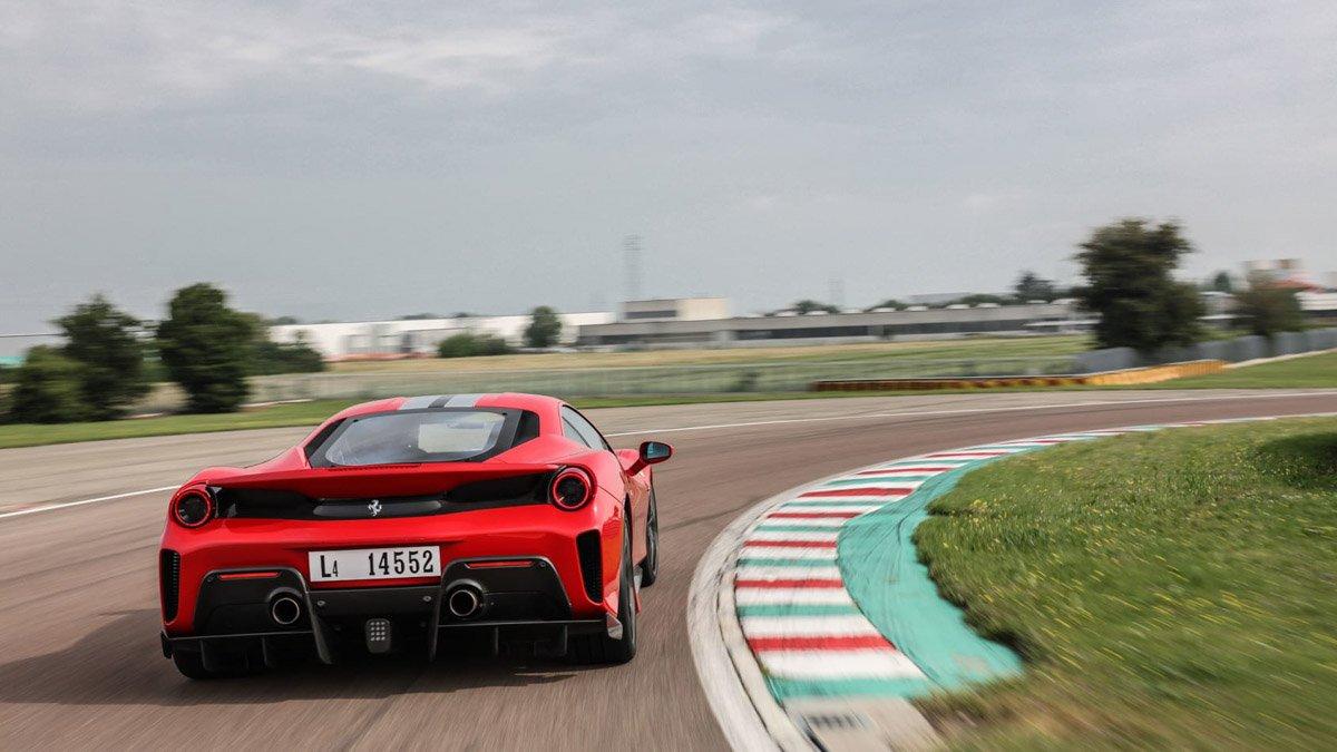 Ferrari-488-Pista-review-2