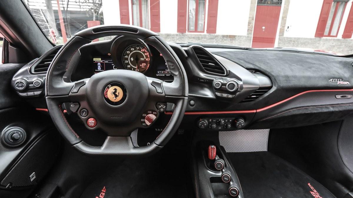 Ferrari-488-Pista-review-3