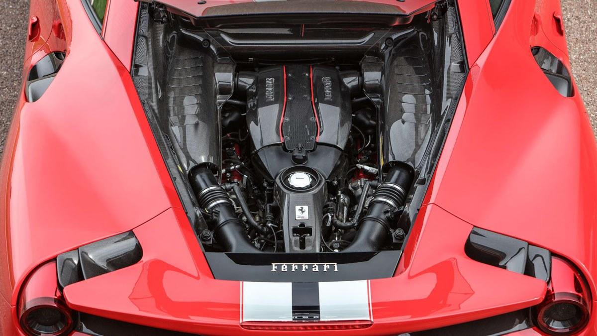 Ferrari-488-Pista-review-9