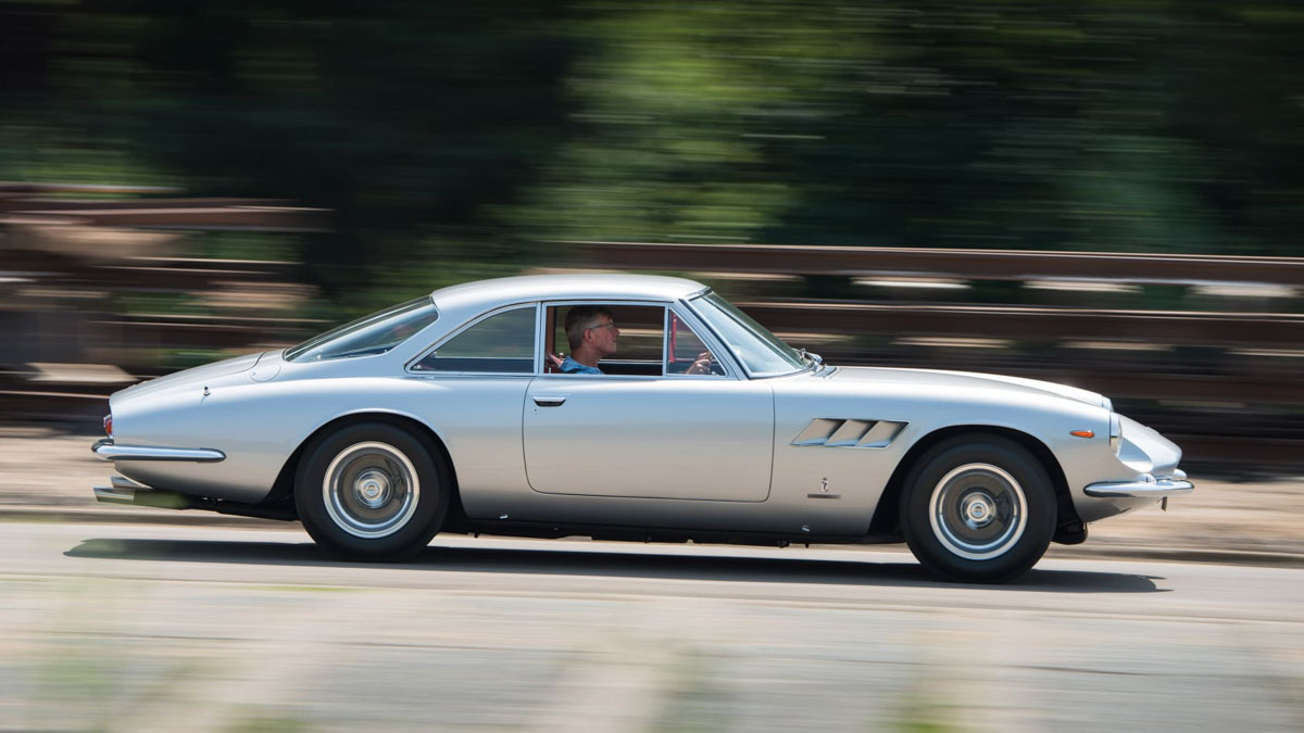 Ferrari-500-Superfast-11