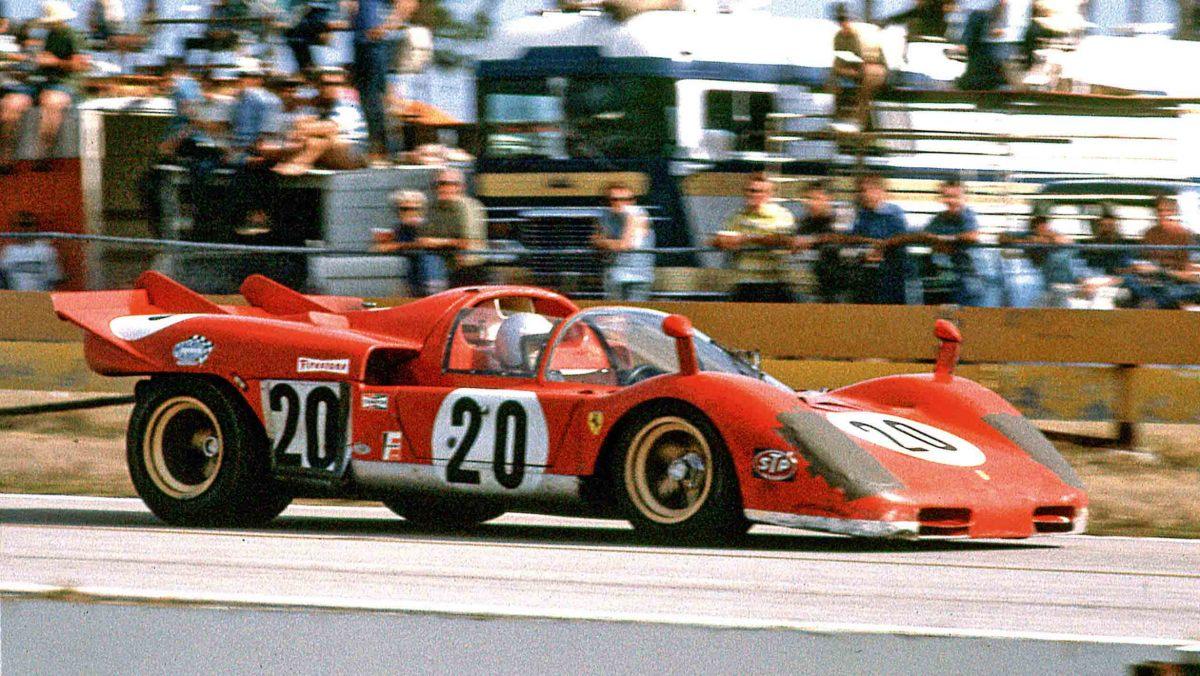 Ferrari-512S-vs-Porsche-917-2